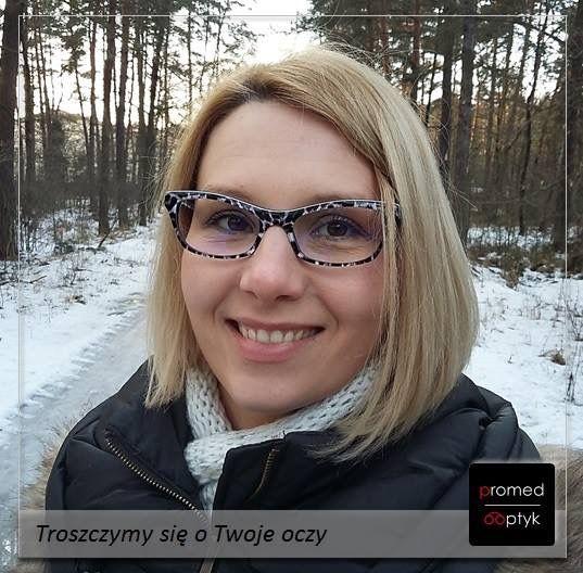 """Pani Agnieszka wyznaje zasadę: """"Życie jest za krótkie, aby nosić nudne okulary"""" Pozdrawiamy i dziękujemy za przesłane zdjęcie. #optyk #optometrysta #okulista #okulary #życie #nuda #oczy #wzrok"""