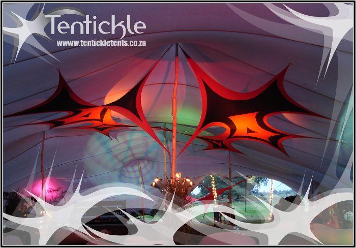 Stretch decor in a Tentickle beduin tent