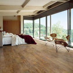 Ariostea | Pavimenti in Rovere high-tech | gres effetto legno fedelissimo nell'aspetto e nel tatto