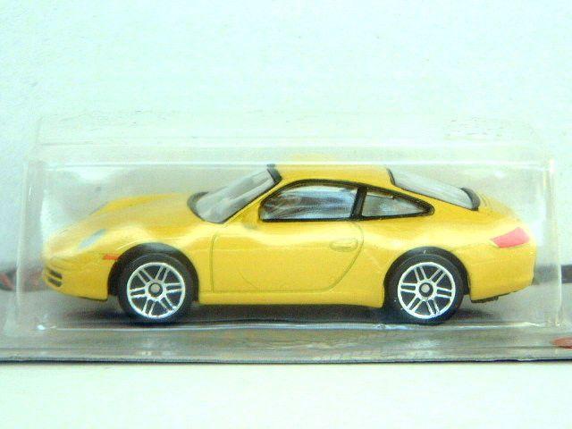 PORSCHE 911 CARRERA S 1:60 (Yellow) Realtoy MIB (BIN) Passenger Diecast Car
