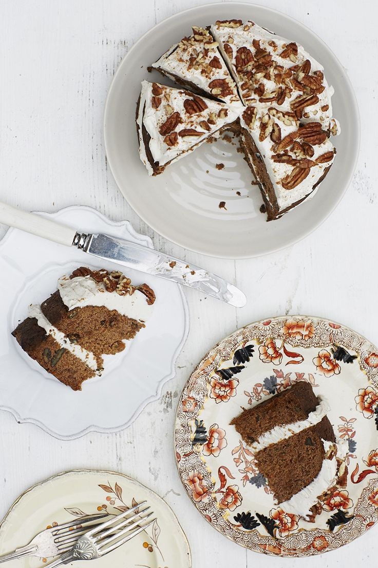The most delicious healthy carrot cake recipe from Honestly Healthy http://honestlyhealthyfood.com/2014/10/15/gluten-free-carrot-cake/