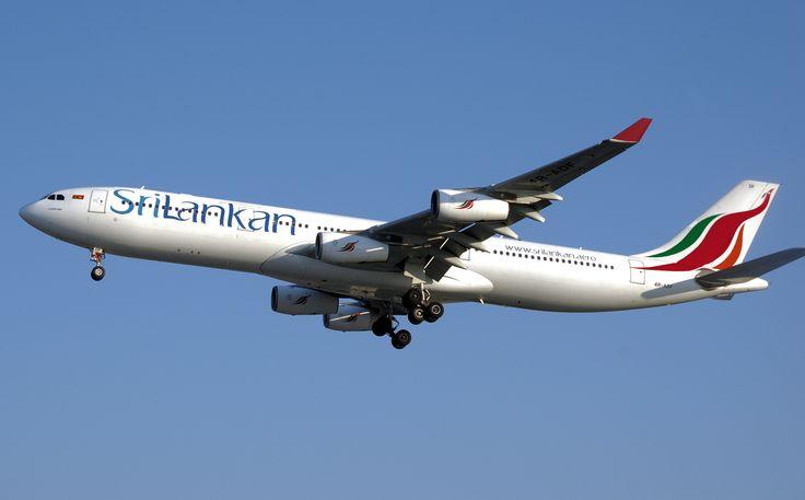 Flights #SriLankanAirlines #SriLanka #airport #travel #vacation @HotTavelersPoint