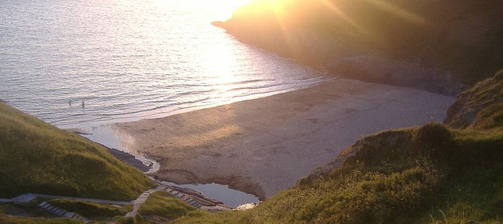 Ty Gwyn Caravan & Camping park Mwnt beach viewed from top of steps on cliff