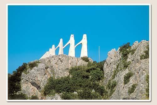 VISIT GREECE| Zalongo Monument  #monuments #history #art&culture #Preveza #Epirus