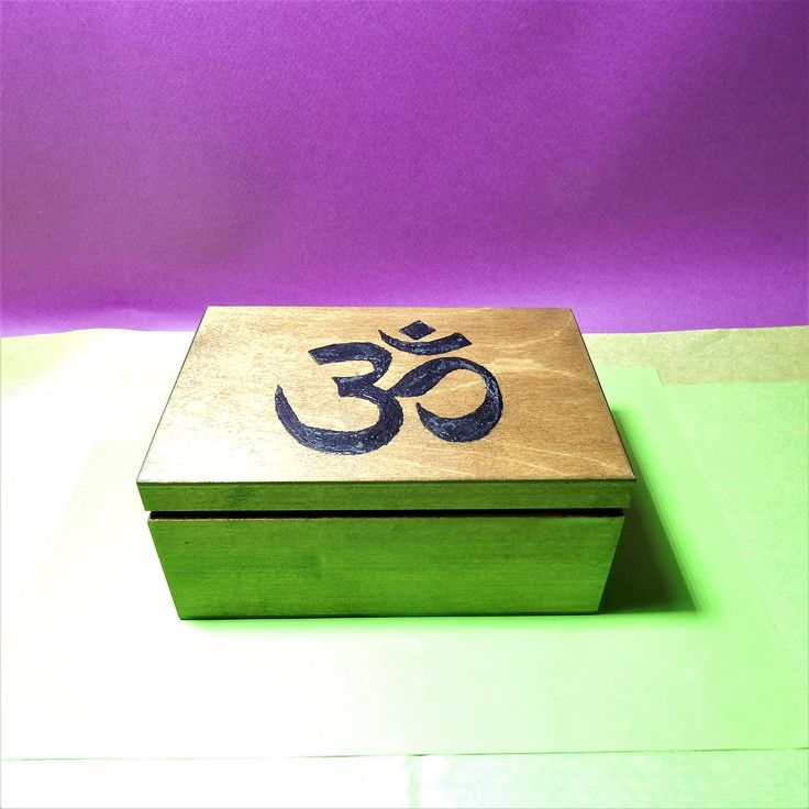 Only froma www.aerikoshop.com reiki OHM box paint the symbol by hand and worlwide shipping....
