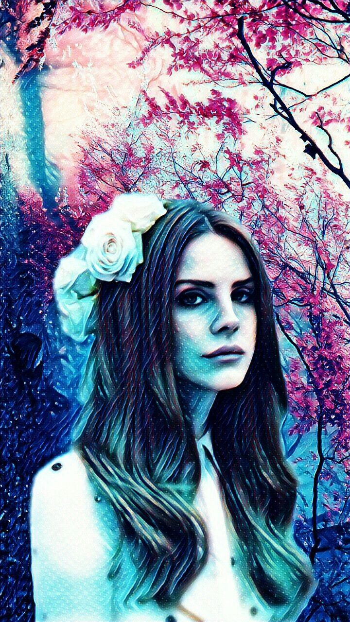 Lana Del Rey and leafs
