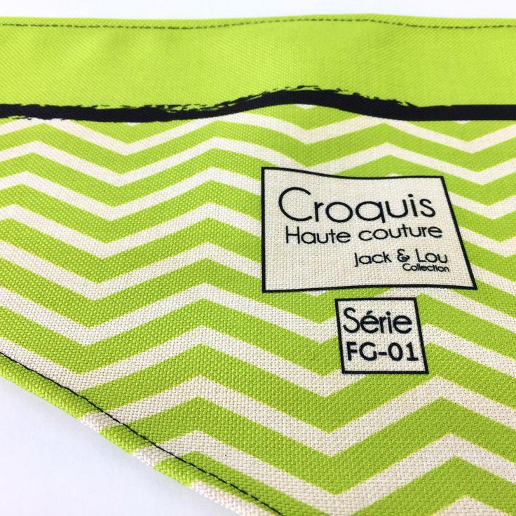 Le chouchou de ma boutique https://www.etsy.com/ca-fr/listing/500186572/foulard-pour-chiengrandeur-grand-foulard