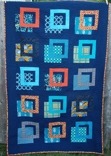 Quot Outside The Box Quot Quilt Not Your Grandmother S Quilt
