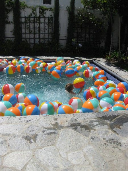 pool party #KHTogether