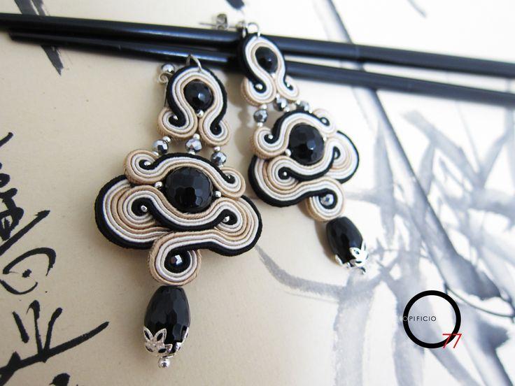 Princess Turandot. Orecchini soutache con perle in onice sfaccettato. Design Giada Zampar - Opificio77 -