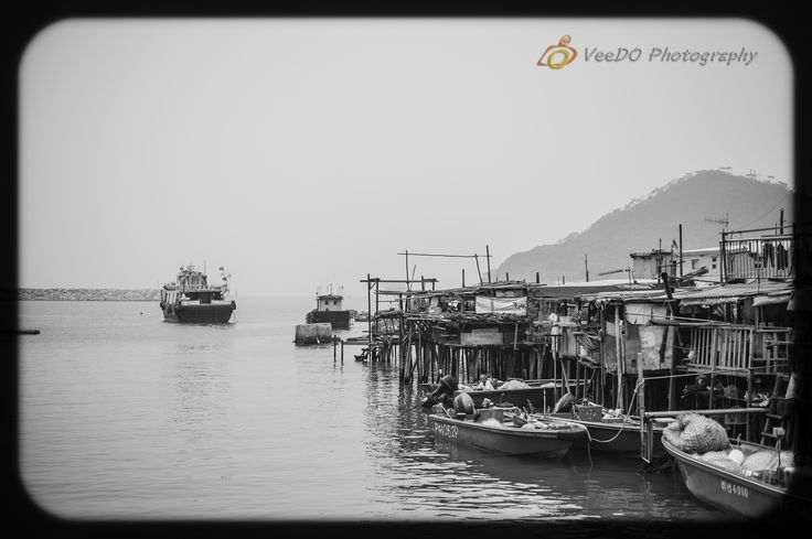 http://www.veedophotography.com/127-of-365project-the-art-of-street-photography-tai-o/