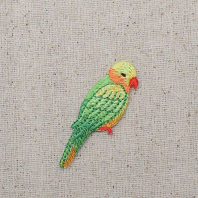 Embroidered Patch - Iron on Applique - Green Lorikeet Parrot Facing Right