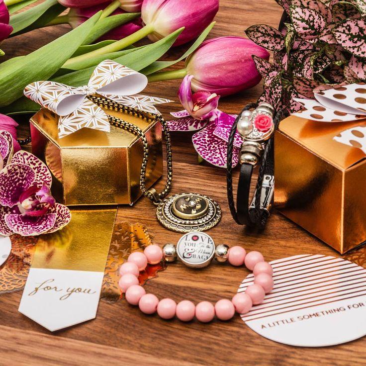 🌷💝Bonne#FêteDesMères! Dites#Mercià votre#Merveilleuse#Mamanen lui exprimant tout votre#Amour!   DERNIÈRE JOURNÉE pour utiliser le #coupon Web JETAIMEMAMAN afin d'obtenir 15% de rabais* sur votre commande en ligne. 😘😍 🌷💝Happy#MothersDay! Say#ThankYouto your#Wonderful#Momby expressing all your#Love!  LAST DAY to use the ILOVEMOM Web #couponto get 15% off* your online order.😘😍…