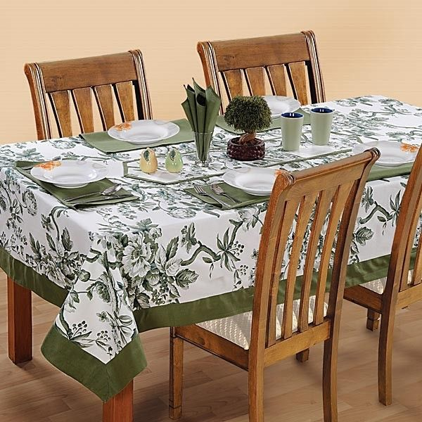 Shamrock Printed Rectangular Table Linen-2502