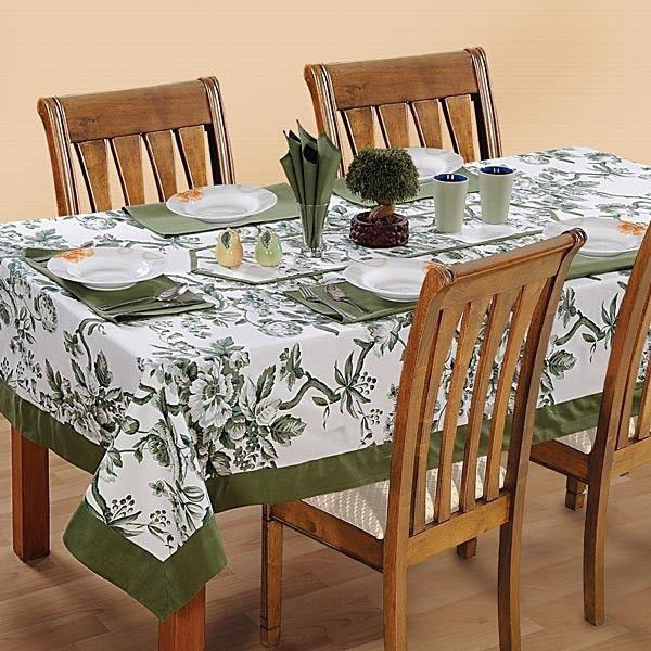 Shamrock Printed Rectangular Table Linen-2502