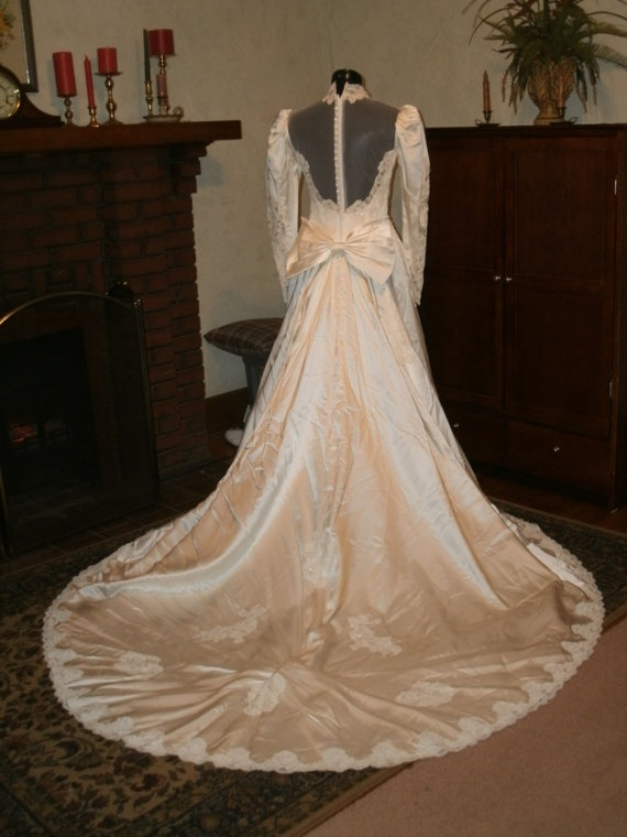 1000 ideas about 1980s wedding on pinterest unick for Ivory wedding dress meaning