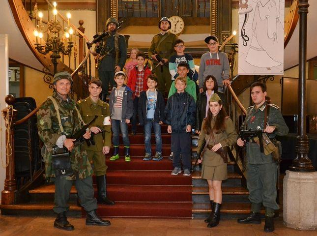 Participarea Asociației Redescoperă Istoria la Școala de Vară de la Palatul Suțu (22 august 2015)