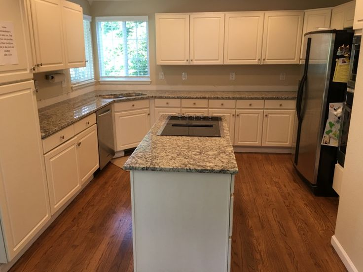 Silver Diamond Granite in 2019 | Granite kitchen, Granite ...