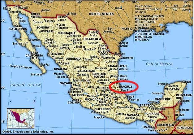 La ubicación de Veracruz está en el este de México. Veracruz se confina por Tamaulipas en el norte, San Luis Potosi e Hildalgo en el oeste, y Oaxaca en el sur. Parte de la frontera es en el golfo de México.