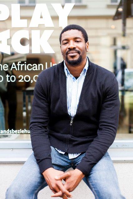 Emeka Ogboh, 2015. Photo: Auswahl Tomaschko. Image courtesy ifa Gallery Berlin.