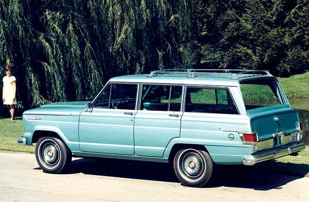 Jeep Grand Wagoneer. A classic. My Poppy had a cool one...