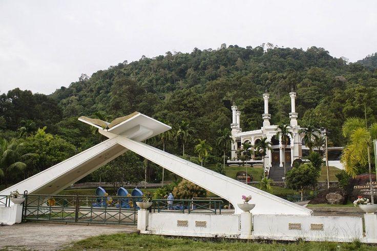 Miniatur Makkah yang Mengagumkan di Padang Sumatera Barat - Sumatera Barat