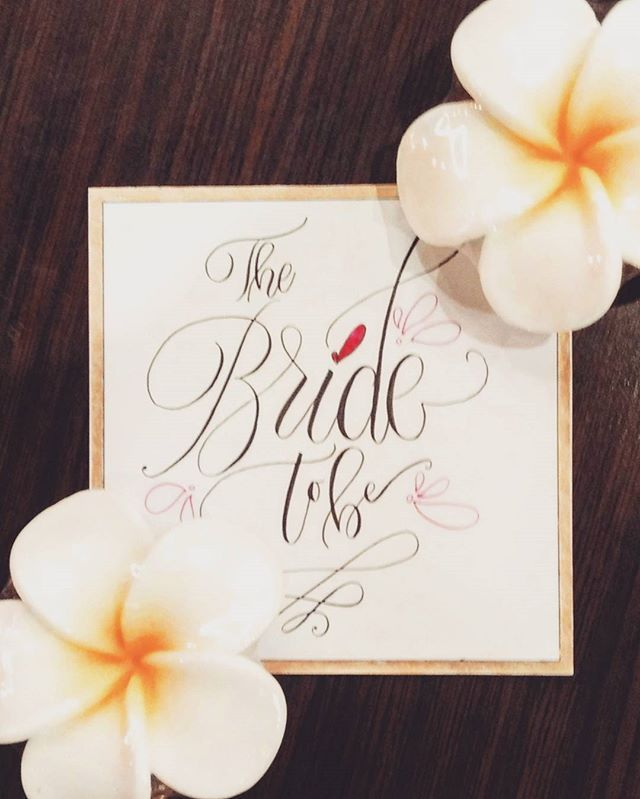 Met my girls yesterday and one of them is getting married I made this and had a great time together, she look so fresh and beautiful.. . . #wedding #weddingcalligraphy #calligraphy #handlettering #weddinglettering #bridetobe #thebride #flower #beautiful