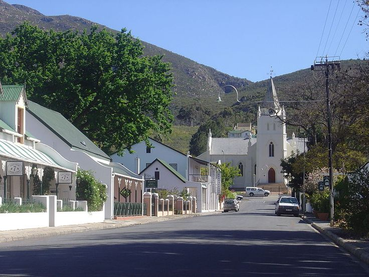 Montagu, Western Cape - founded in 1850 & named after Sir John Montagu. Fruit & wine are produced in the area & it is also well known for the nearby hot springs.