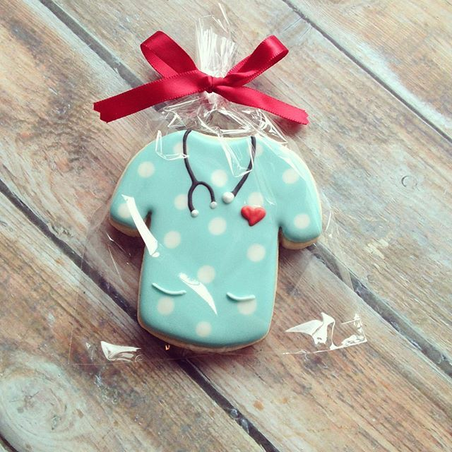 ❤️nurse appreciation cookie❤️ I will load the website by tomorrow with Teacher Appreciation, Nurse Appreciation, Cinco De Mayo and Mother's Day options.