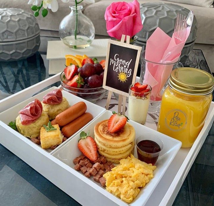 Comida Picnic, Sleepover Food, Hot Chocolate Recipes, Cafe Food, Food Packaging, Food Presentation, Brunch Recipes, Holiday Recipes, Food And Drink