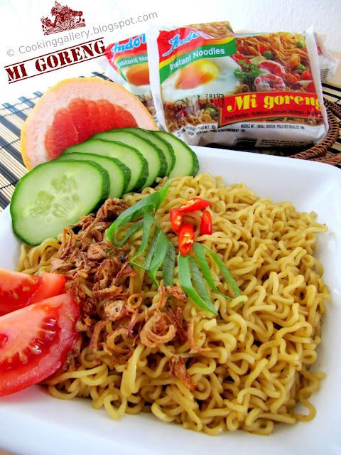 Indomie Mi Goreng (Indonesian Instant Fried Noodle)... sooo yummy =D