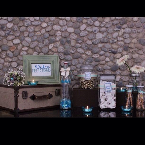 Candy blue... Una mesa de dulces distinta By DECOLORES   #weddingdecoration #boda #decoracion #vintage #love #amor #creative #flores #flowers #crafts #decolores #caracas #novia #bride #fiesta #party #venezuela #instabride #handmade #hechoamano #creativo #instalove #instagood #instamood #candybar #mustache #centerpiece #mesadedulces #weddingplanner #Padgram