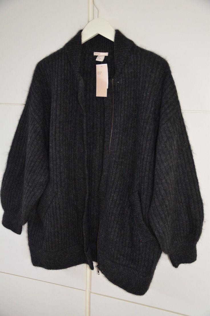 (10) FINN – Ubrukt strikkejakke i mohairblanding fra H&M trend