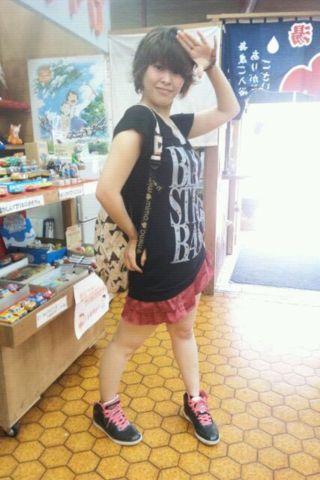 @nkk189-9 #jidori0610 今更ですが今日のファッションテーマ。都市伝説の女の音無月子ちゃん。スミマセン、短足が調子乗りました…