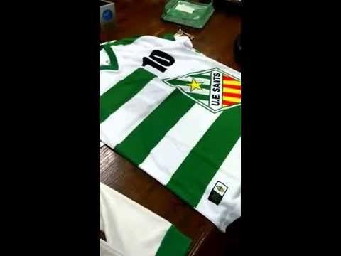 U.E. Sants mas que un Club Deportivo .origen dels colors de la samarreta TOTART comerç Col·laborador . www.totart.cat