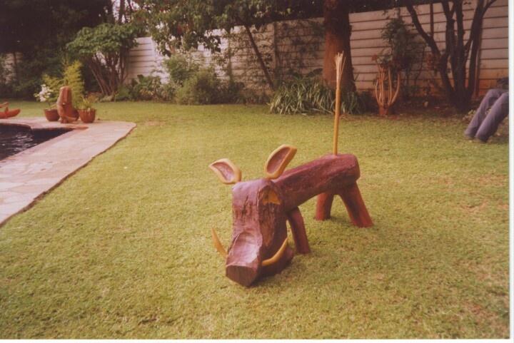 Wart-hog.      wood,paint