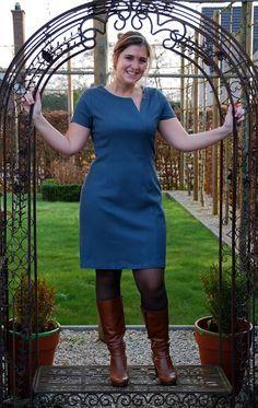 Herinneren jullie zich deze nog? Het is de Martini Dress uit de allereerste La Maison Victor van zo'n tweetal jaar geleden. Ik was fa...