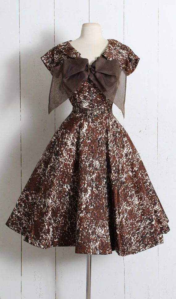 "➳ Vintage 1950s Dress Beautiful silk 1950's dress by Cadillac Originals. Gorgeous abstract tree branch print, covered button bodice details, organza bow tie, pelon-backed full skirt, metal side zipper, original belt. Perfect condition - no flaws. Fits like XS/S. Length 44.5"" Bodice"