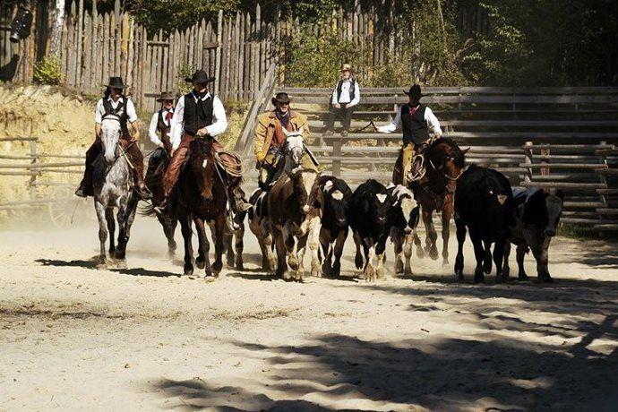 Kudy z nudy - Western park Boskovice – westernové městečko v autentickém prostředí Divokého západu