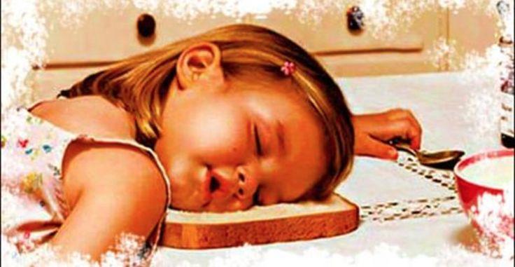 Sabe aquela velha história de colocar a criança para dormir cedo?Ela não é invenção de adulto que quer descansar um pouco na frente da televisão, depois de um longo dia de trabalho.Tampouco é uma mera desculpa para alguns pais poderem ficar juntos antes de dormir.