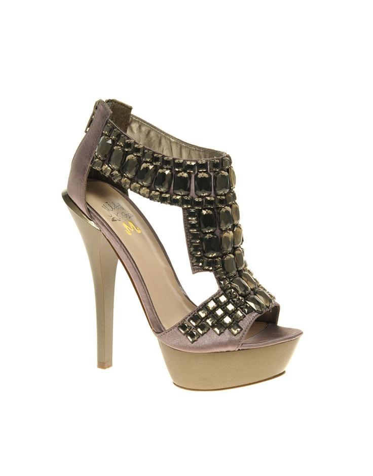 ,: Fashion Places, Clothing Shoes Jew, Brown Sandals, Fashion News, Shoes 3, Hamilton Beads, Platform Sandals, Beads Platform, Peplum Dresses