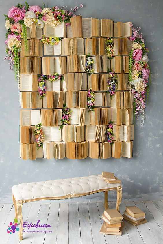 11 Old Book Decoration Ideas  Books as wall decors. Join us to know everything you can do with old or disused books for an accent wall, and don't forget to follow us.