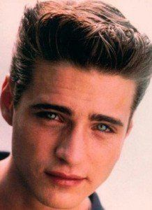 haircuts for young man 55 best 1990 s hairstyles images on 1990s 2401 | 7ce89e3efcc0e193b28a3da3430a2401 jason priestley beverly hills