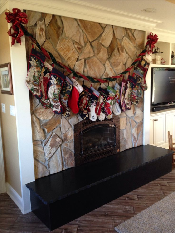 hanging christmas stockings without a mantle craft projects holidays pinterest stockings. Black Bedroom Furniture Sets. Home Design Ideas