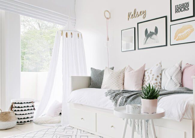 www.houseofhawkes... Girls #room in soft tones of pink, grey black and white. Hemnes day #bed.