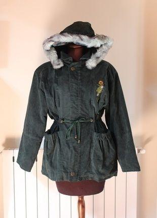 Compra il mio articolo su #vinted http://www.vinted.it/abbigliamento-da-donna/cappotti-invernali/35168-parka-verde-vintage-con-cappuccio