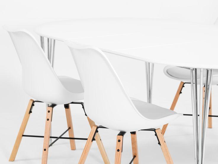 SHELLO Stol Vit/Ek - En ständigt aktuell stol som gör sig lika bra i köket som i vardagsrummet och arbetsrummet.
