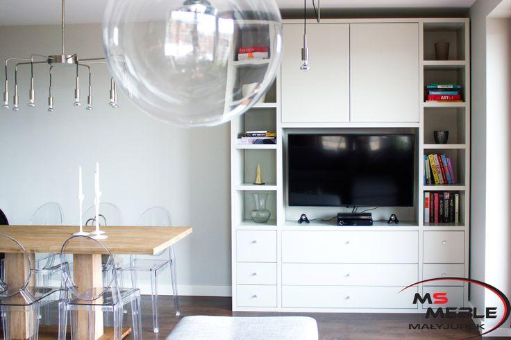 Robimy też szafy, garderoby, regały i meble łazienkowe.