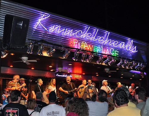Knucklehead's in Kansas City~Music and Bar