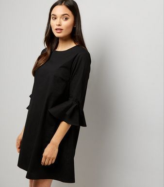 Black Bell Sleeve Tunic Dress    New Look